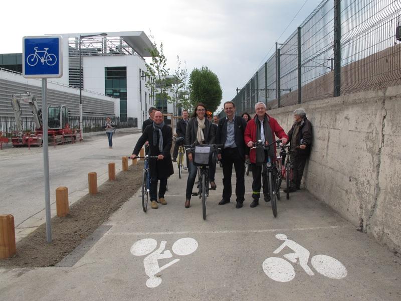 Inauguration du réseau express vélo, le 25 avril 2017, rue Henri Tarze © Séverine Cattiaux - Place Gre'net