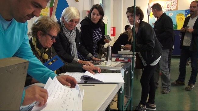 Bureau de vote du Jardin de ville de Grenoble, Élection présidentielle 2017 © Joël Kermabon - Place Gre'net