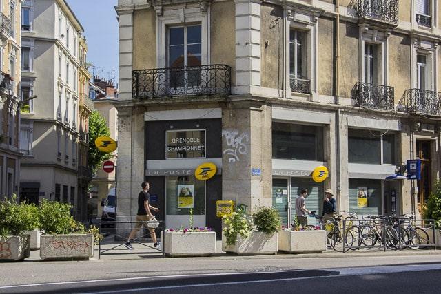 Bureau de poste quartier Championnet © Chloé Ponset - Place Gre'net