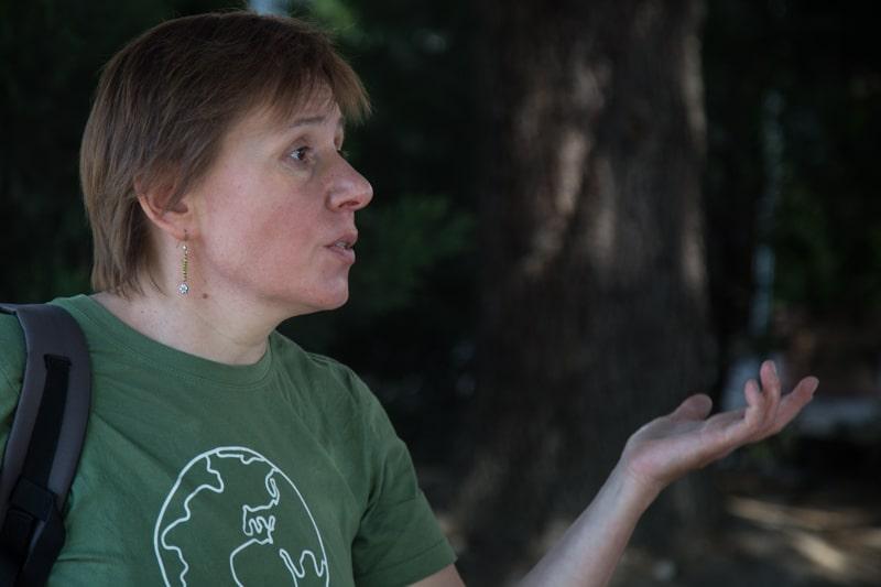 Lina Nekipelov, co-coordinatrice de Greenpeace Chambery avant l'action de Greenpeace et ANV-COP21 contre Total. © Yuliya Ruzhechka - Place Gre'net