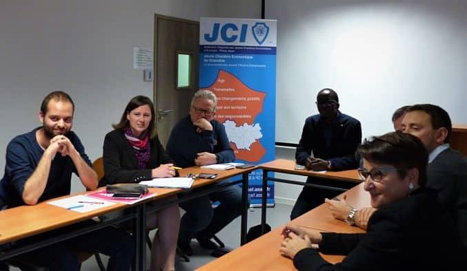 Lancement du CV Citoyen à la JCE de Grenoble.