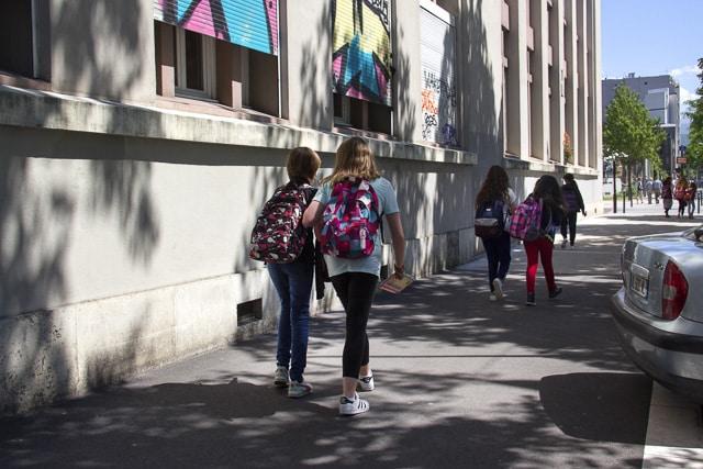 La restauration scolaire est annulée dans les écoles maternelles et élémentaires de Grenoble mardi 24 septembre © Chloé Ponset - Place Gre'net