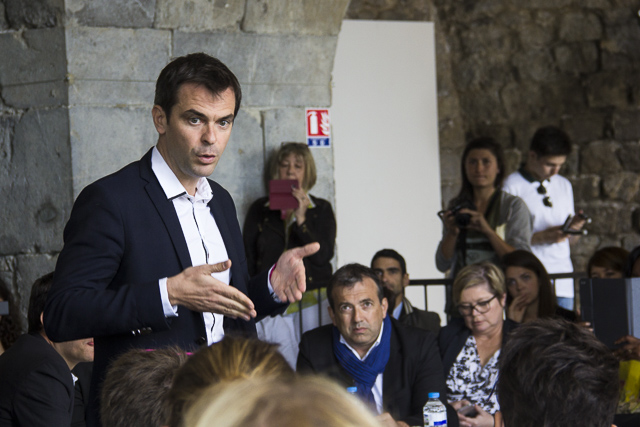Olivier Veran, candidate au législative, première conscription, Grenoble © Chloé Ponset - Place Gre'net