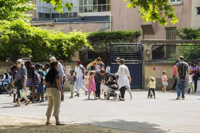 À l'occasion de sa campagne de recensement 2019, l'Insee décrit une métropole et une ville de Grenoble affichant des faibles taux d'évolution démographique.Le département de l'Isère doit sa croissance à son solde naturel plus qu'à son solde migratoire © Chloé Ponset - Place Gre'net