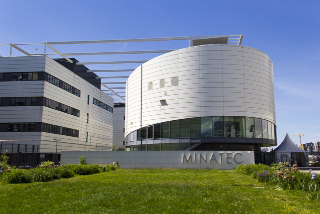 MINATEC Grenoble, quartier de la Presqu'île © Chloé Ponset - Place Gre'net