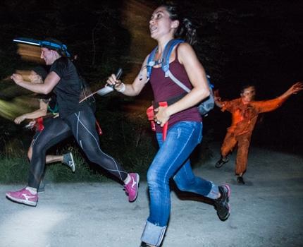 La course d'orientation nocturne Run from the dead s'est déroulée au parc de l'Ile d'amour à Meylan samedi le 24 juin. ©Yuliya Ruzhechka - Place Gre'net