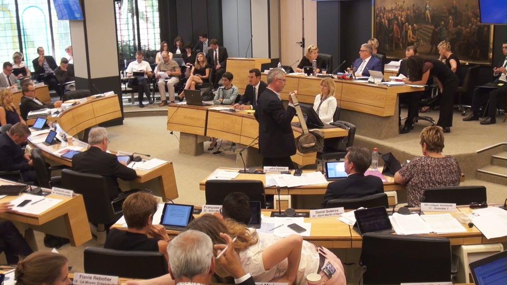Le pacte financier entre État et collectivités veut limiter la hausse des dépenses à 1,2 % par an. Sept Départements de Rhône-Alpes refusent le texte.Conseil Départemental de l'Isère © Joël Kermabon - Place Gre'net