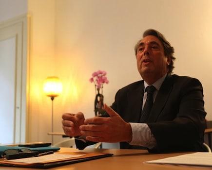 Pour le rapporteur du projet de loi sur le Lyon-Turin, la décision du gouvernement, incohérente, contrariera le redressement économique de la France.