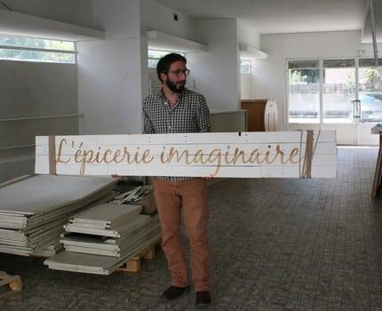 Une épicerie collaborative s'installe à Grenoble. Objectif de l'Éléfàn : vendre à ses adhérents-bénévoles des produits responsables à des prix accessibles.L'Éléfàn en travaux © Florent Mathieu - Place Gre'net