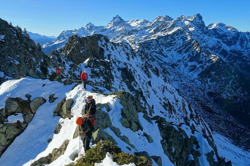 Deux clubs, deux Journées portes ouvertes : celle du Club alpin français Grenoble Isère le 16 septembre, celle du Caf Grenoble Oisans le 30.À l'assaut des sommets © Club alpin français Grenoble Isère