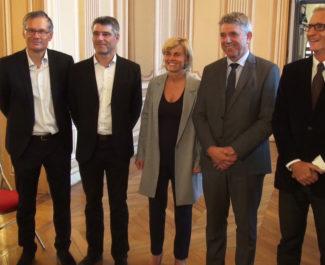 Les sénateurs de l'Isère. De gauche à droite : Didier Rambaud, Guillaume Gontard, Frédérique Puissat, Michel Savin et André Vallini © Joël Kermabon - Place Gre'net