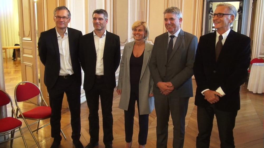 Les sénateurs de l'Isère. De gauche à droite : Didier Rambaud, Guillaume Gontard, Frédérique Puissat, Michel Savin et André Vallini. © Joël Kermabon - Place Gre'net