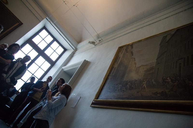 Une trentaine de jeunes citoyens ont visité le château de Vizille lors de leur Journée défense et citoyenneté ce mercredi 27 septembre. © Yuliya Ruzhechka - Place Gre'net