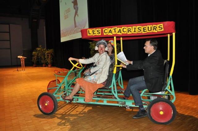 Les Catacriseurs, clowns issus du Théâtre du Réel