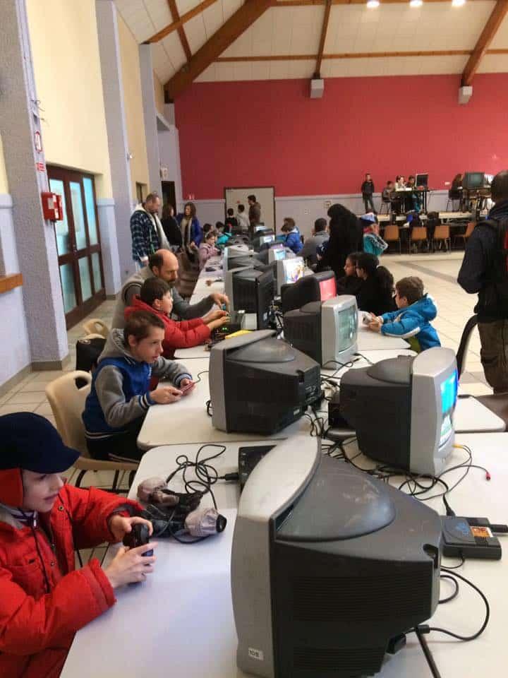 Le festival de retrogaming Savoie Retro Games se tient le dernier week-end de septembre. Au programme : machines et animations autour d'invités prestigieux.Le jeu avant tout. © Savoie Retro Games