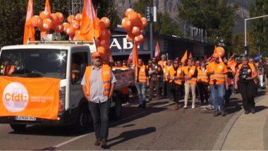 Entre 2 200 et 3 500 fonctionnaires ont manifesté dans les rues de Grenoble suite à l'appel à la grève lancé par tous les syndicats de la fonction publique© Joël Kermabon - Place Gre'net