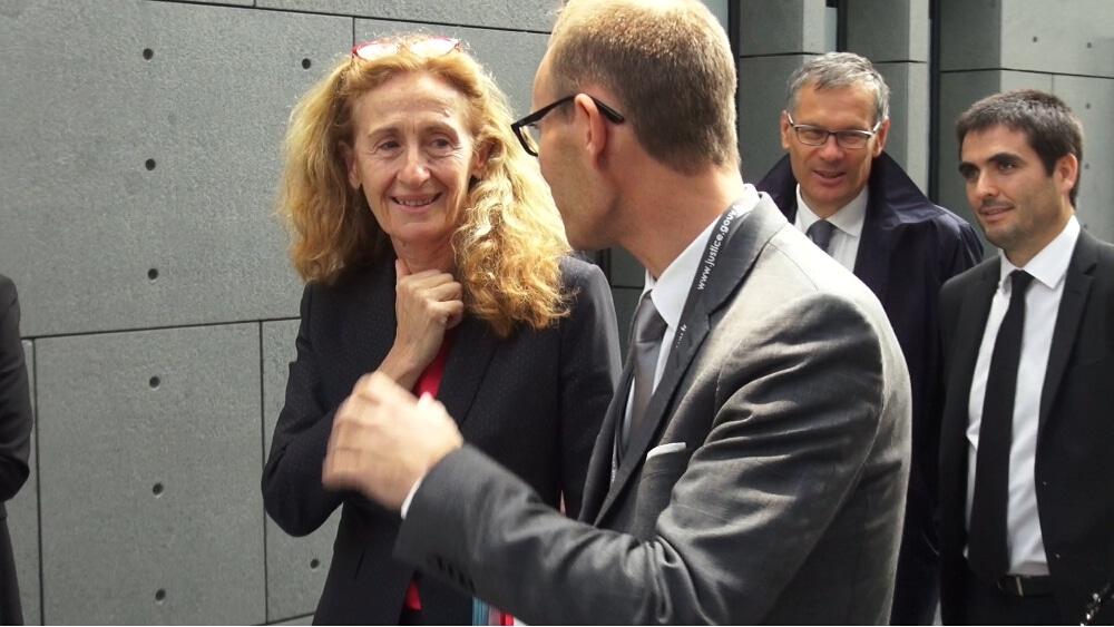 Nicole Belloubet lors d'une visite du Palais de Justice de Grenoble en octobre 2017 © Joël Kermabon - Place Gre'net