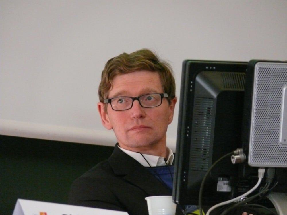 Une responsable de l'IUT2 de Grenoble écrit à France Inter pour contester les propos tenus par un chroniqueur sur la formation publique en informatique.Dominique Seux.