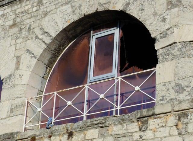 Le premier étage de la Casemate détruit par les flammes © Anaïs Mariotti - Place Gre'net