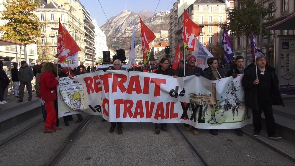 Manifestation contre la politique du gouvernement © Joël Kermabon - Place Gre'net