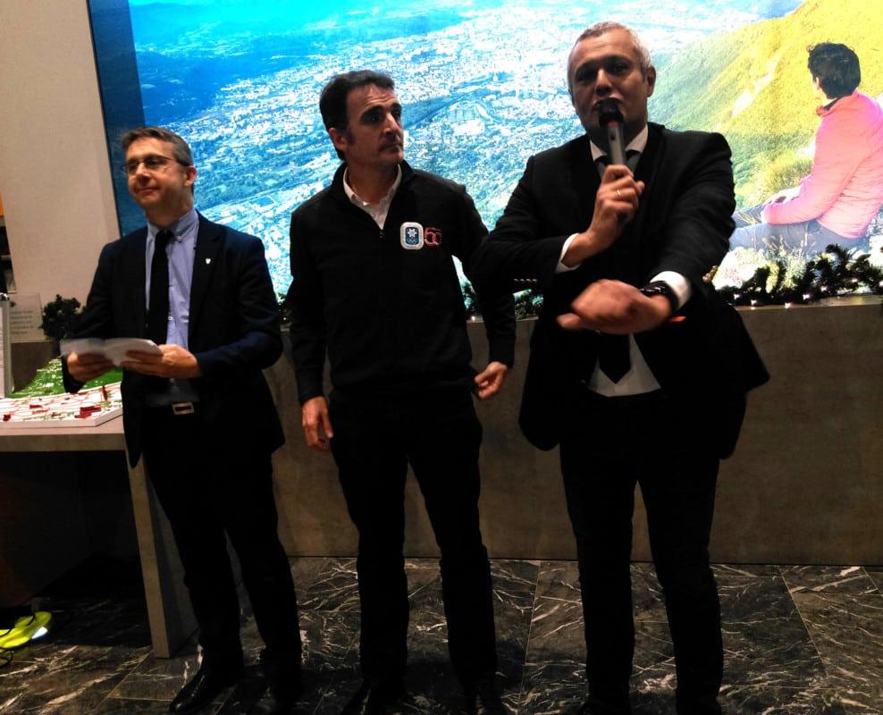 Christophe Ferrari, Éric Piolle et Fabrice Hugelé, durant l'inauguration de l'Office du tourisme rénové. © Florent Mathieu - Place Gre'net