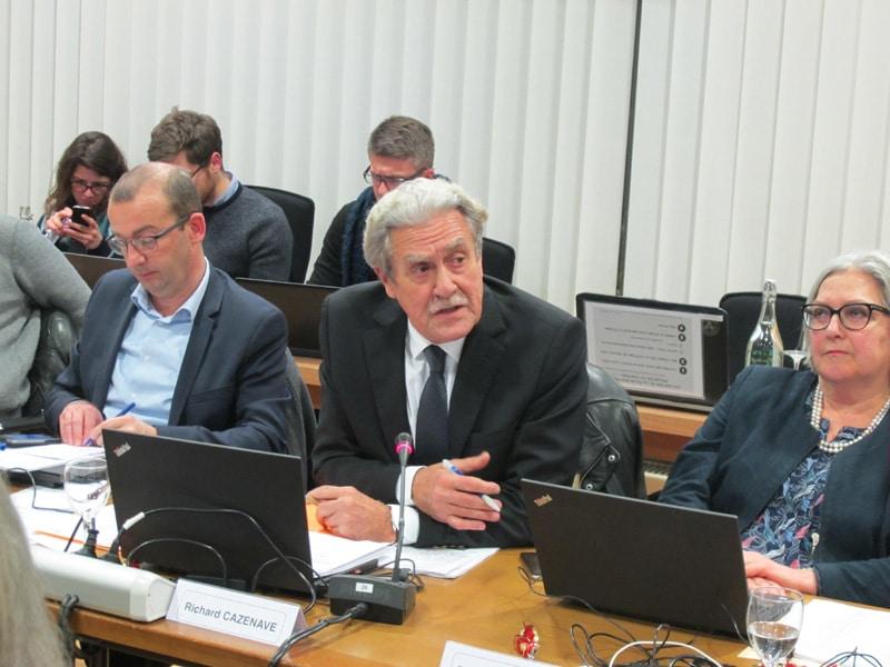 Richard Cazenave, lors du conseil municipal du 18 décembre 2017 © Séverine Cattiaux - Place Gre'net