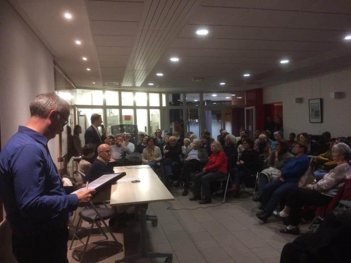 La réunion publique du 29 novembre a permis des échanges entre élus et habitants © Union de quartier CBCH