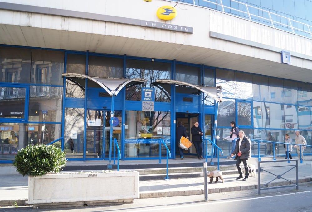 La banque postale de Chavant à Grenoble. © Léa Raymond - Place Gre'net