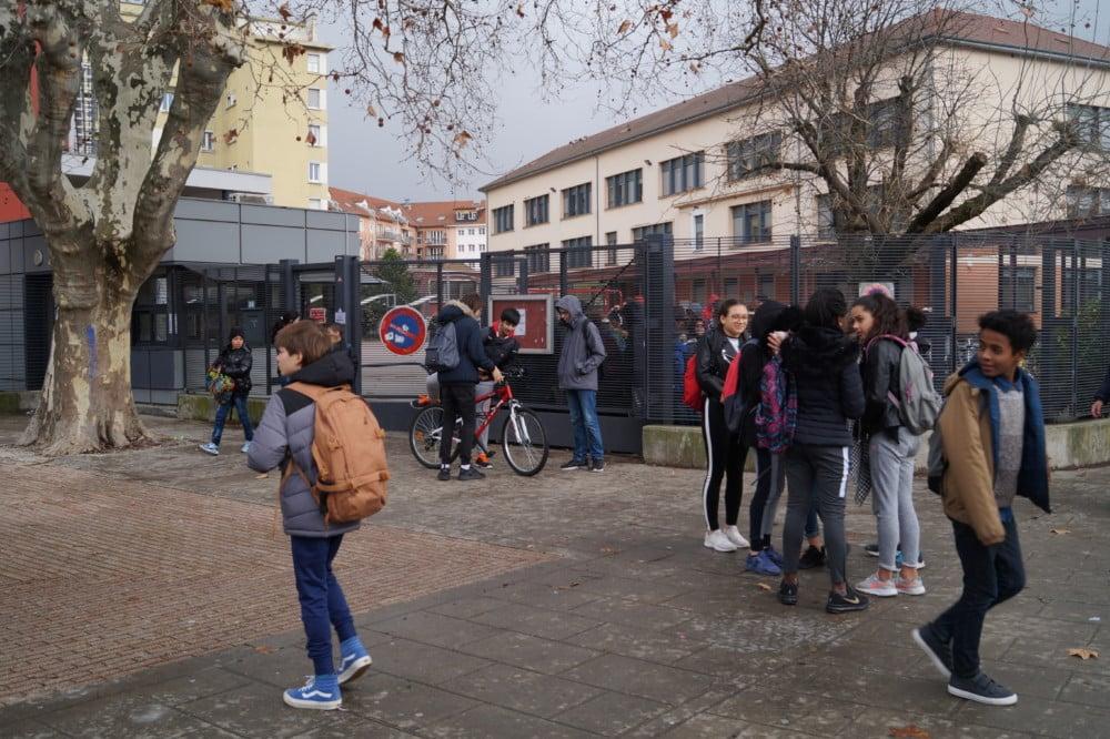 L'Afev organise à Grenoble la douzième Journée du refus de l'échec scolaire mercredi 6 novembre 2019 sous le signe de l'accompagnement.Collège Fantin Latour, en janvier 2018, à Grenoble. © Léa Raymond - Place Gre'net