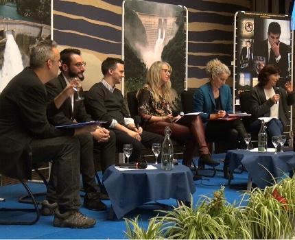 De gauche à droite : Philippe André, Alexandre Leraitre, David Gendreau, NadineBoux, Delphine Batho et Rosa Mendes. © JOël Kermabon - Place Gre'net