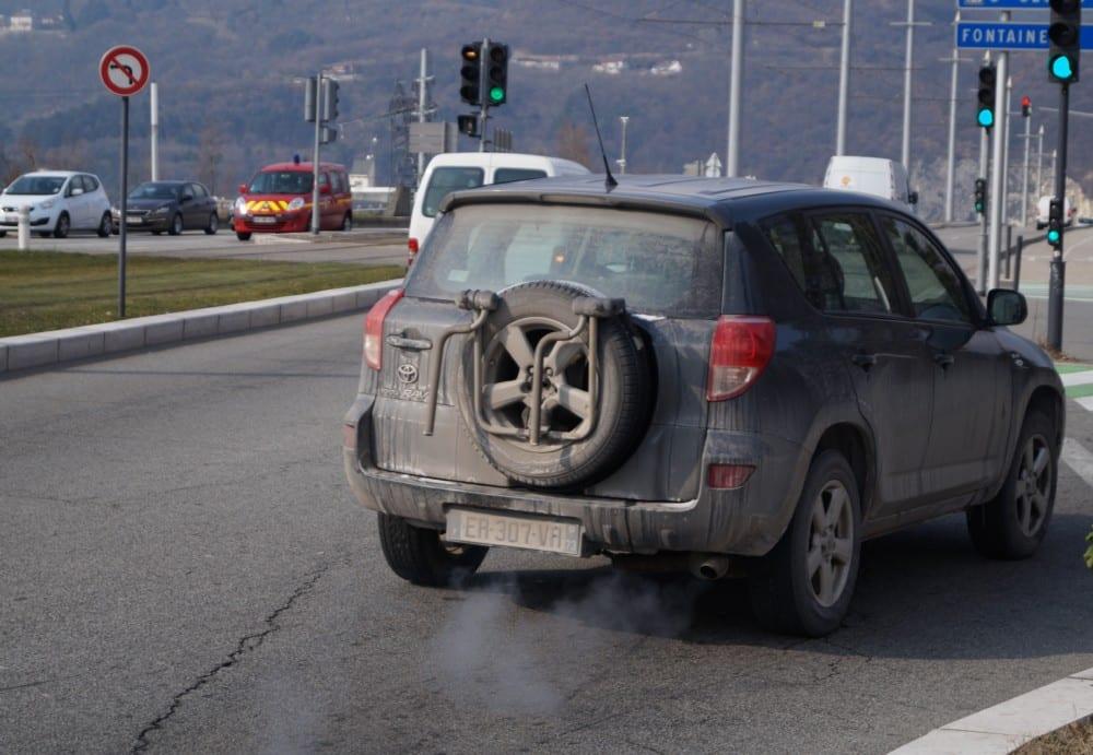 Les axes routiers sont à éviter par période de pollution à l'ozone © Léa Raymond - Place Gre'net