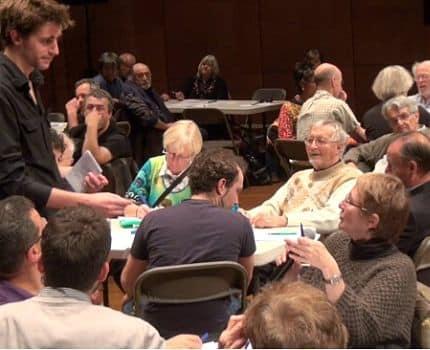 UNE Débat lors des Assises Citoyennes © Joel Kermabon - placegrenet.fr