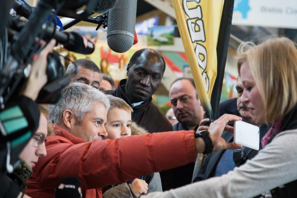 Au salon international de l'agriculture 2018. Paris, Parc des Expositions de la Porte de Versailles. Visite officielle de Laurent Wauquiez. © Yuliya Ruzhechka - Place Gre'net
