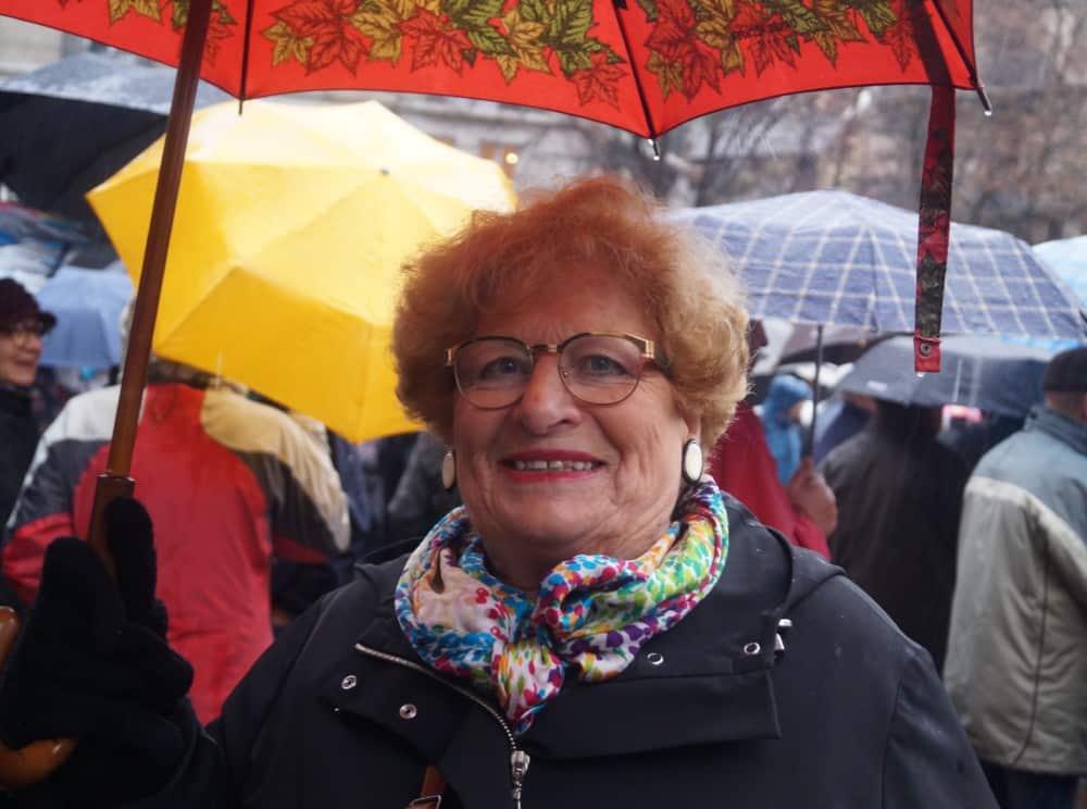 Une manifestante lors de la manifestation des retraités 15 Mars 2018. © Léa Raymond - placegrenet.fr