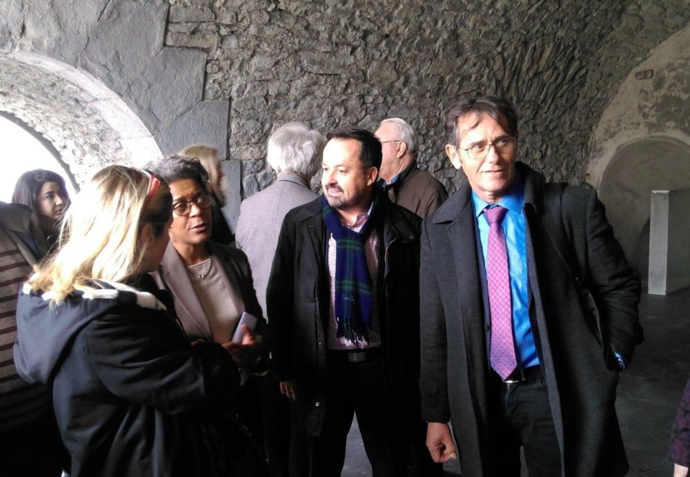 Yannick Neuder visite la Casemate en travaux, en compagnie de la directrice de l'établissement Jeany Jean-Baptiste et du président de l'UGA Patrick Lévy © Florent Mathieu - Place Gre'net
