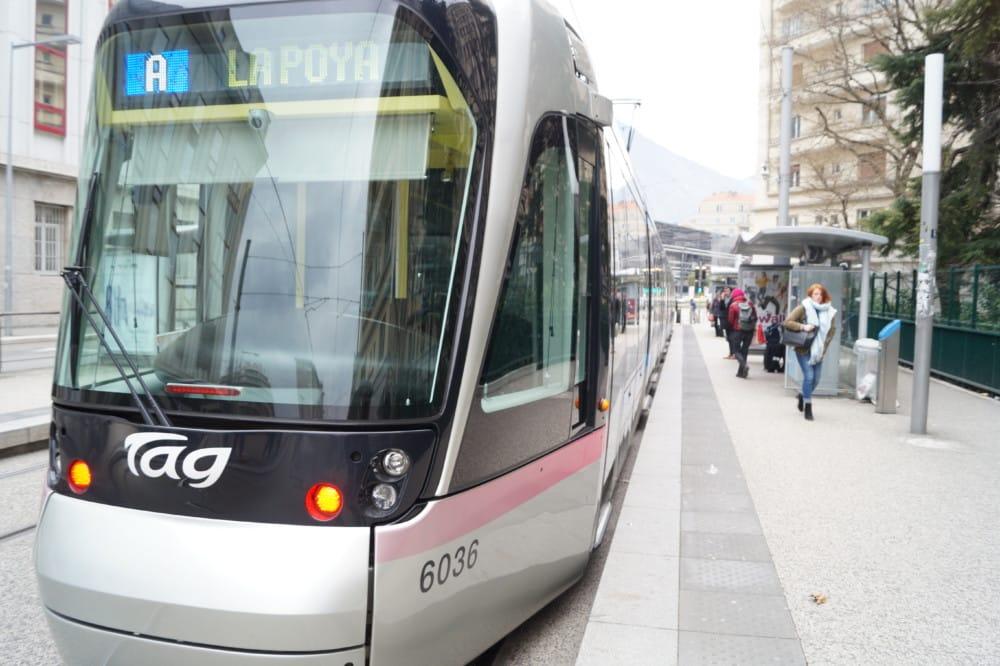 Tramway à Grenoble © Léa Raymond - Place Gre'net