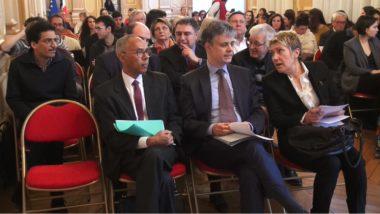 De gauche à droite : Robby Judes (Dilcrah), Lionel Beffre, préfet de l'Isère et Martine Kholy, vice-présidente du Conseil départemental de l'Isère. © Joël Kermabon - Place Gre'net