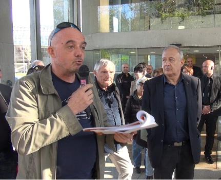 Michel Szempruch, porte-parole du collectif pour la gratuité des transports publics. © Joël Kermabon - Place Gre'net