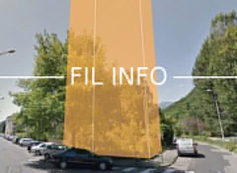 Opposé à la construction d'un immeuble de plus d'une vingtaine de mètres de hauteur, le collectif Île Verte a remis sa pétition à la Ville de Grenoble.Un immeuble de neuf étages, deux fois plus haut que les autres ? C'est le projet contre lequel des habitants de l'Île verte à Grenoble lancent une pétition.