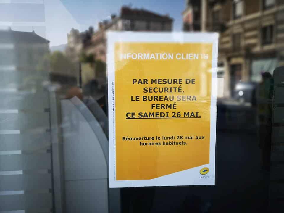 Le samedi 26 mai, le bureau de poste Championnet était fermé en prévision d'une occupation annoncée par le collectif J'aime ma Poste à Grenoble © Joël Kermabon - Place Gre'net