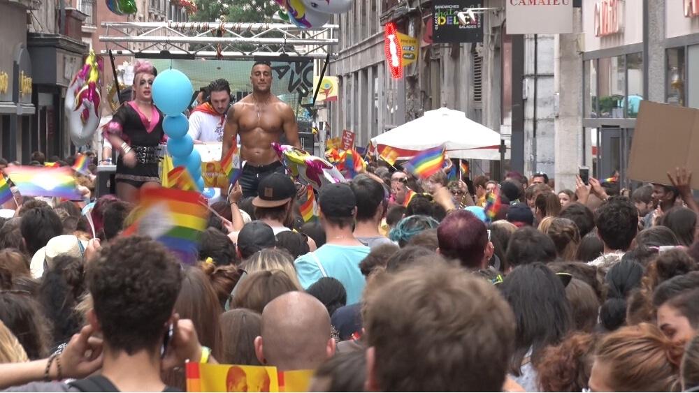 L'association Grenoble Fiertés organise 15 jours d'événements avec la Grenoble Pride Festival, pour promouvoir la tolérance envers les LGBTQI. © Joël Kermabon - Place Gre'net