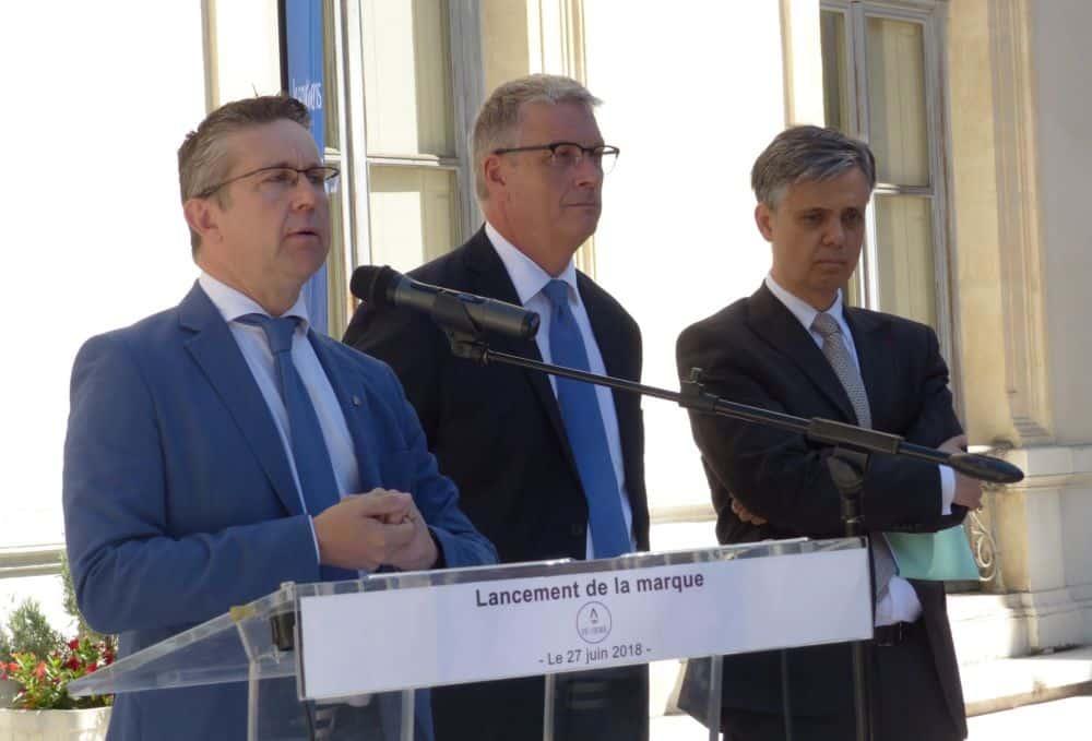 Christophe Ferrari (Métro), Jean-Pierre Barbier (Département) et Lionel Beffre (Préfecture), partenaires engagés pour le réaménagement de l'A480 © Florent Mathieu - Place Gre'net