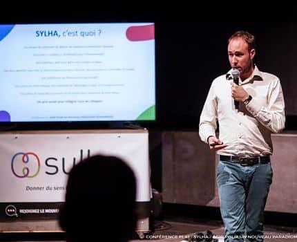 UNE Lucas Duchaine fondateur de Sylha Crédit Ak Diigital