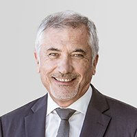 """Isère : Soitec souhaite créer 100 emplois via """"Elevate"""".Paul Boudre, directeur-général de Soitec. Crédit photo : Soitec."""