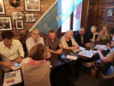 De gauche à droite : Olivier Véran, Pierre Anger, Philippe Chevalier, Aline Blanc-Tailleur, Jean-Pierre Arroyo, Catherine Kamowski et Émilie Chalas. © Joël Kermabon - Place Gre'net