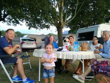 Environ 80 familles de gens du voyage, issues de la mission évangélique AGP (Action grand passage), se sont installées depuis mardi au parc Bachelard, qu'elles doivent quitter ce dimanche.