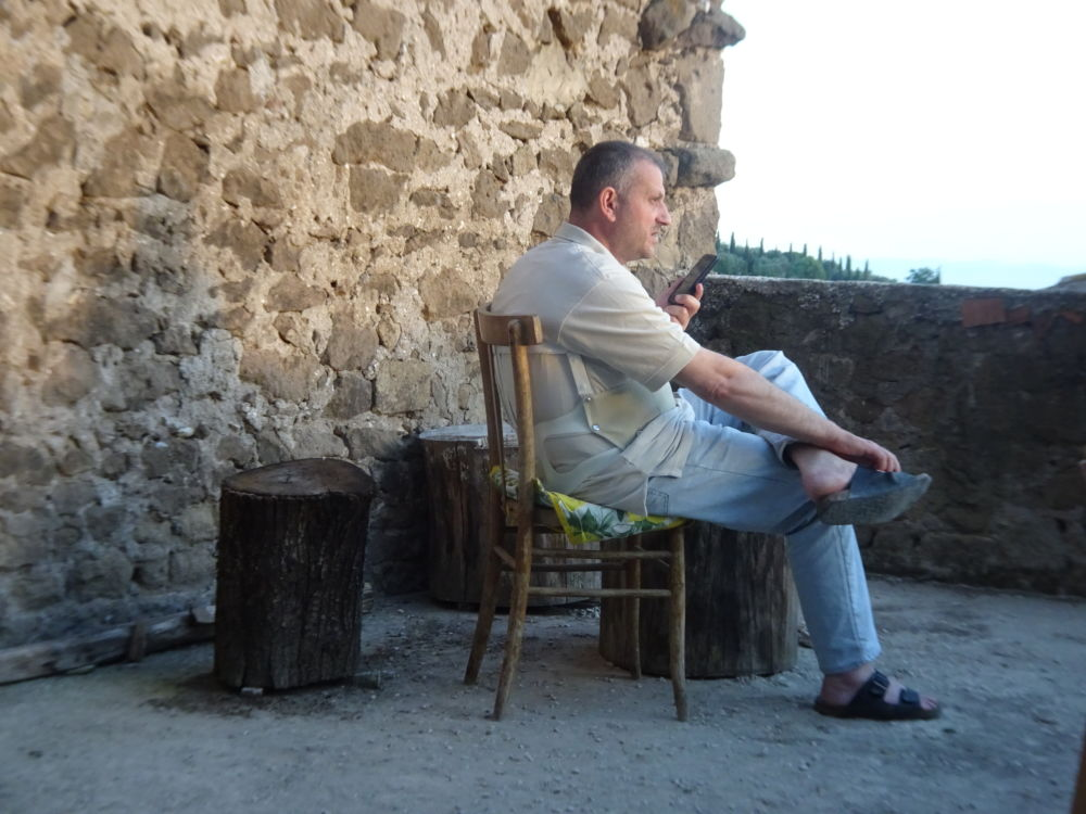 Cori Latium - Le Père Jacques Mourad, échappé des prisons de Daech en Syrie après cinq mois de détention © André Weill