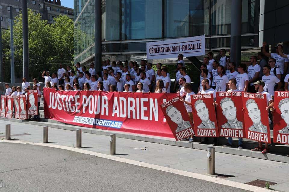 Manifestation de Génération Identitaire devant le Tribunal de Grenoble le samedi 11 aout 2018. DR