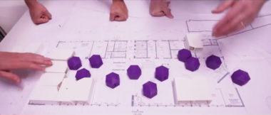 Positionnement d'espaces symboliques sur le plan du bâtiment. © Chabanne + partenaires