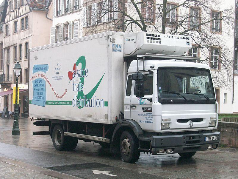 Camion Le camion frigorifique est de mise pour maintenir la chaîne du froid. DR. DR